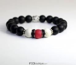 Bracelet_BlackMatteAgate_RedBead0002Front
